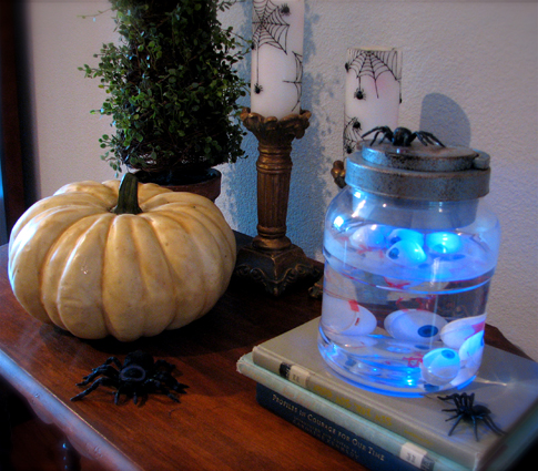 Halloween Home Decorating Ideas | Living Locurto
