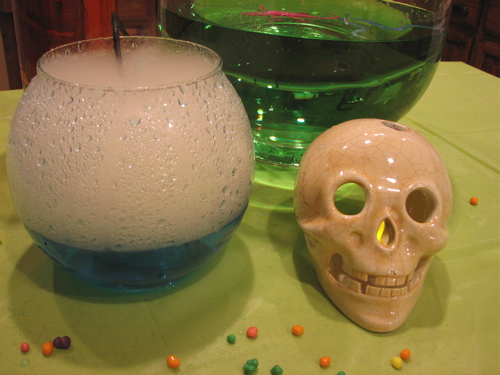 Cute Science Birthday Party Ideas! LivingLocurto.com
