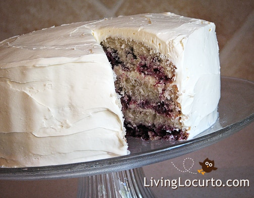 Fresh Blackberry Cake - Homemade Recipe by LivingLocurto.com