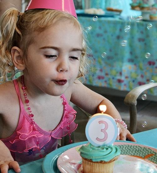 Cute Mermaid Party Birthday Ideas by Amy Locurto LivingLocurto.com