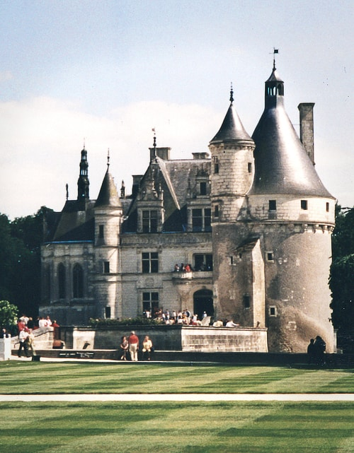 Romantic Vacation Ideas. Paris day trip to Château of Chenonceau - Loire Valley of France Castle Photo by LivingLocurto.com