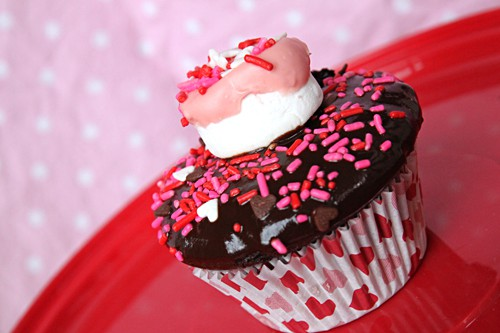 10 Valentineu0027s Day Cupcake Ideas   Su0027mores Cupcake By Amy At  LivingLocurto.com