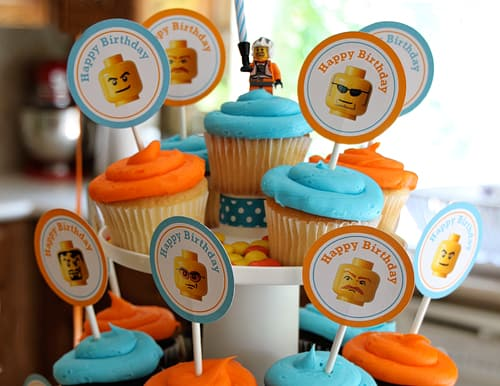 Lego Birthday Party Idea - Party Printable Cupcake toppers. PrintablesByAmy.com