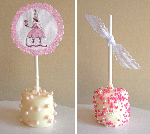 8 Easy Ways to Decorate a Marshmallow Pop - Fun Baby Shower Party Recipe ideas. LivingLocurto.com