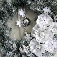 Christmas DIY Craft - Winter Wreath