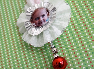 Enjoy this easy craft idea for a homemade photo ornament!