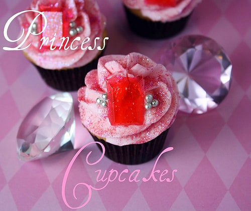 Inspiring princess cakes for a royal princess party! Cute birthday cake ideas for girl birthday party theme or the princess in your life. These sparkly jeweled cakes by Kristan at Confessions of a Cookbook Queen are fabulous.