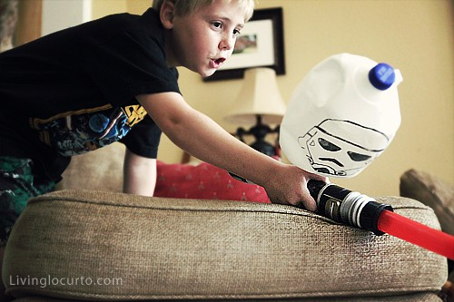 Fun Star Wars Repurposed Craft for Kids! LivingLocurto.com
