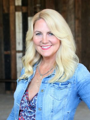How to work with social media Influencer Amy Locurto from Living Locurto. Mom, Blogger, Recipe Development, Photographer, Speaker, Spokesperson, Travel.