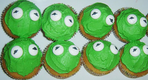 Kermit the Frog Muppets cupcakes