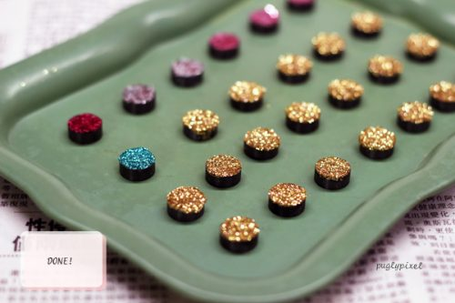 DIY glitter magnets - Party Favor Idea