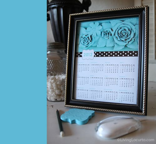 2012 Free Printable vintage floral Calendar