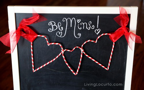 Paper Straw Heart Garland - Cute Valentines Day DIY Craft Tutorial. LivingLocurto.com