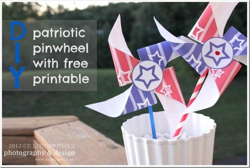 Free Printable Patriotic Pinwheel - July 4th Craft IDea by Mama Miss #LivingCreative Thursday