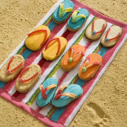 10 Simple Summer Cookie Recipes - Summer Flip Flop Sandal Cookies