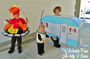 Camping Family Halloween Costume - Camper, camp fire and marshmallow kids