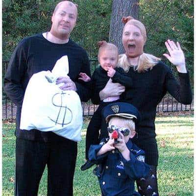 10 Fun Family Themed Halloween Costumes