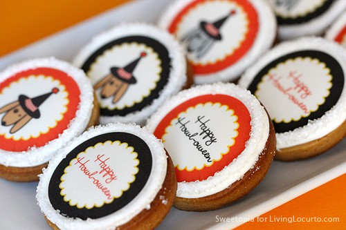 How to Make Cookies with Edible Images - Easy Halloween Party Idea - LivingLocurto.com