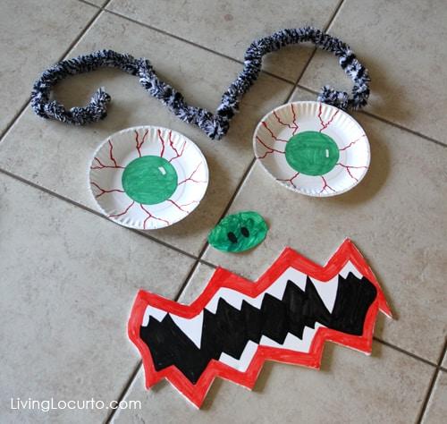 Halloween Door Monster Easy Craft - LivingLocurto.com