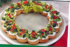 Christmas Appetizer Wreath - Christmas Party recipe - Fun Food Ideas