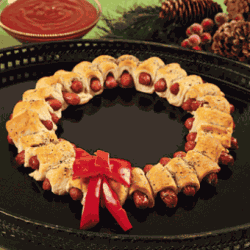 Christmas Mini Sausage Wreath - Party Appetizer