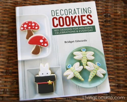 Decorating Cookies by Bridget Edwards - Cookbook Giveaway - Living Locurto