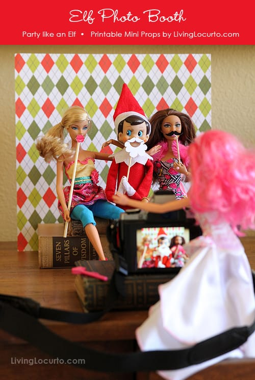 Elf Photo Booth with Fun Printable Mini Photo Props! LivingLocurto.com