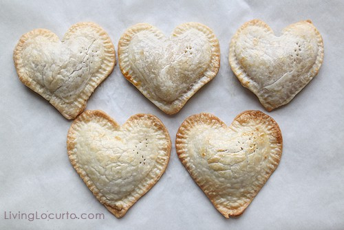 Chocolate Chip Oreo Cookie Mini Heart Pie | Valentines Day Recipe | Living Locurto