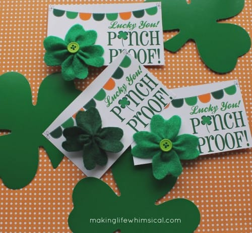 DIY shamrock pin with a FREE printable by Making Life Whimsical | #LivingCreative Thursday