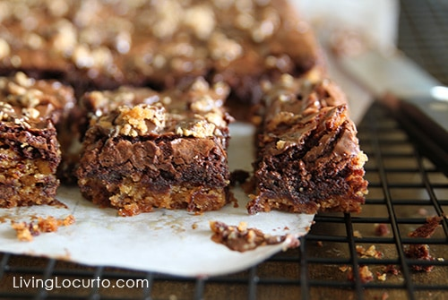 Easy Chocolate Chip Peanut Butter Cookie Brownies by Amy at LivingLocurto.com #Recipe