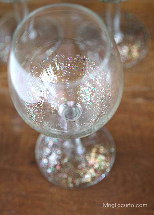 Diy Glitter Wine Glass Easy Craft Tutorial