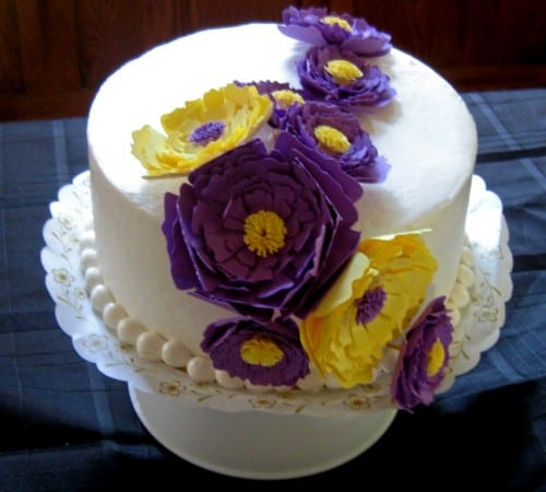 Paper Flowers Cake by Cheng and 3 Kids