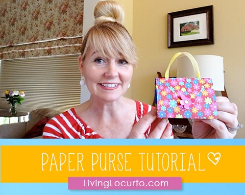 How to make a Paper Purse. Makes great Party Favors for little girls. LivingLocurto.com