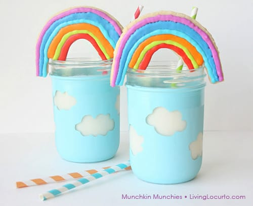 Easy Rainbow Sugar Cookies by Munchkin Munchies via LivingLocurto.com