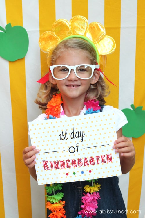 1st Day of School Photo Ideas and Free Printables for each grade by A Blissful Nest!