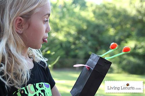 Cute Monster Puppet Crafts for Kids. Juicy Juice & Monsters University Ideas. LivingLocurto.com