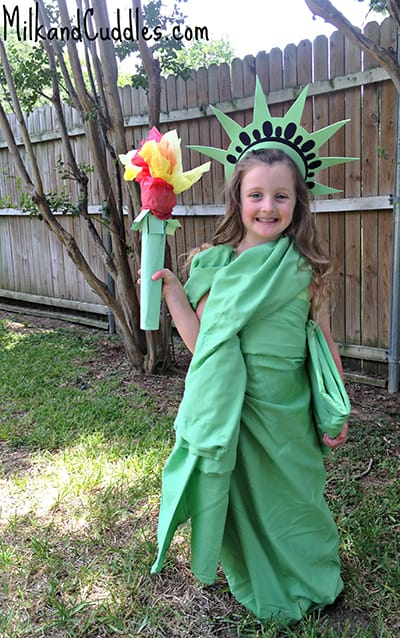 DIY Statue of Liberty Costume by Milk u0026 Cuddles. featured on LivingLocurto.com  sc 1 st  Living Locurto & 10 DIY Halloween Costume Ideas