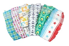 The Honest Company diapers. Awesome holiday Christmas gift ideas for kids of all ages! LivingLocurto.com