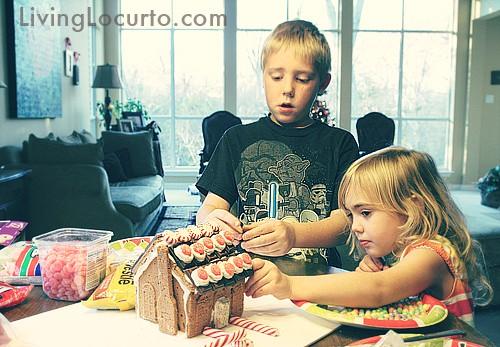 Cute Gingerbread House Decorating Ideas and Inspiration. LivingLocurto.com