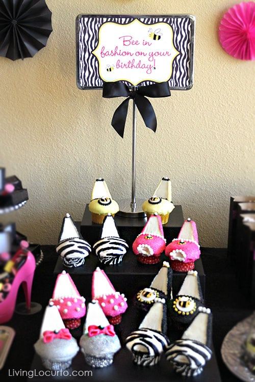 Cute High Heel Cupcakes for a Fashion Birthday Party! LivingLocurto.com