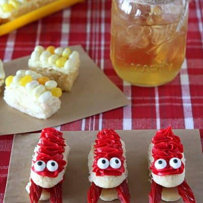 Crawfish and Corn on the Cob Cupcakes