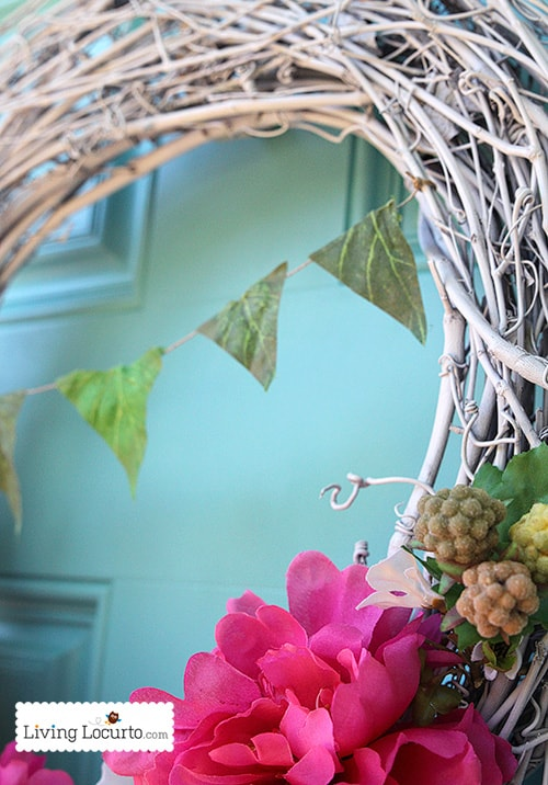 Easy DIY Spring Wreath Tutorial with Bunting at LivingLocurto.com