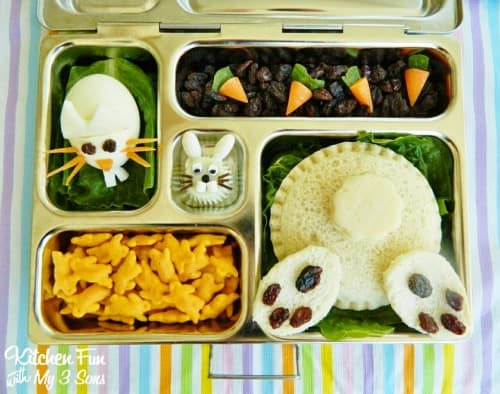 Love this bunny butt lunch idea by Jill at Kitchen Fun with My 3 Sons!