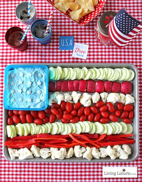Fun 4th of July Party Idea. American Flag Vegetable Tray! Patriotic veggie tray. LivingLocurto.com