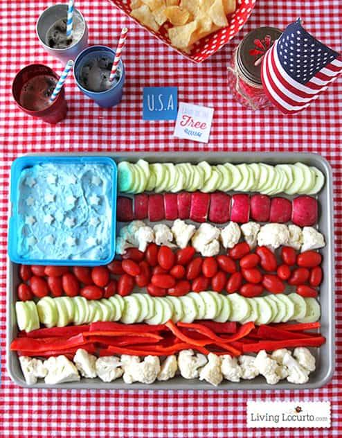 Fun 4th of July Party Idea. American Flag Vegetable Tray! Patriotic veggie tray. LivingLocurto.com
