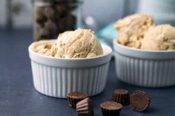Fluffernutter Peanut Butter Cup Ice Cream. Recipe by This Gal Cooks.