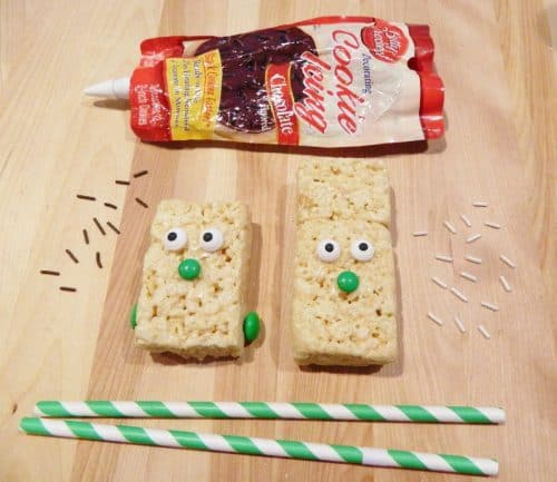 How to Make Frankenstein Halloween Rice Krispies Treat Pops. LivingLocurto.com