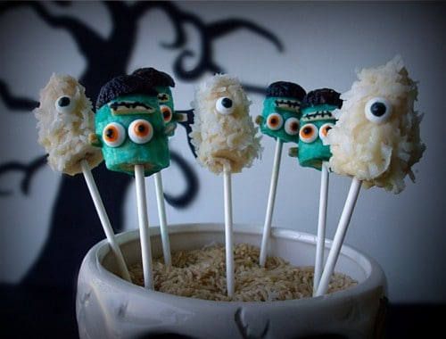 15 Halloween Party Appetizer Recipes - Banana Pops