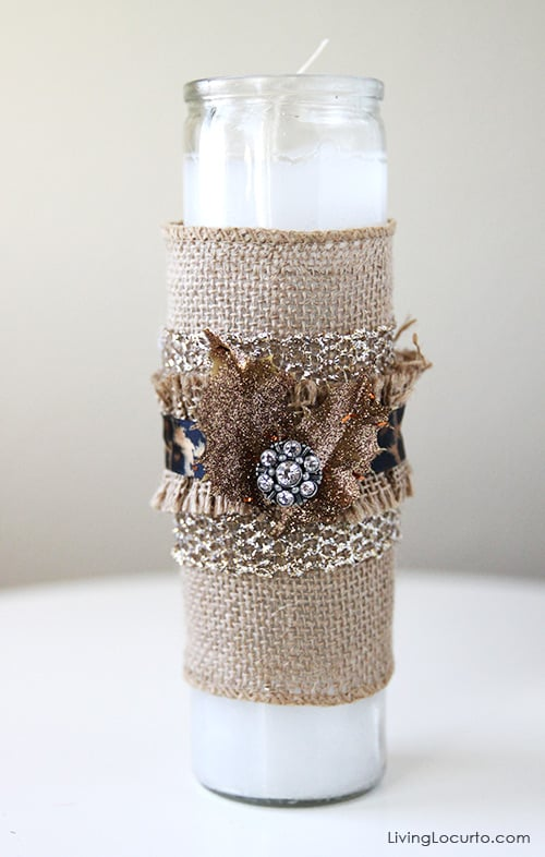Making a Burlap Candle is such a fun and easy craft! Use for a DIY Gift or Centerpiece. LivingLocurto.com