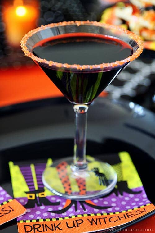 Simple Halloween Party Ideas with fun Free Printables!  Fun drink idea! LivingLocurto.com